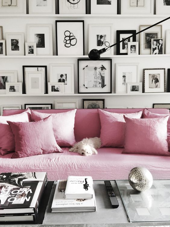 This Linen Sofa In A Black U0026 White Home (Source)